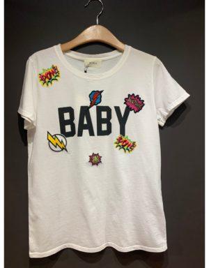 """Samarreta amb la paraula""""baby"""" estampada. de la marca VICOLO"""